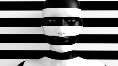 schwarz-weiß-gestreifter Hintergrund und ein Gesicht im Vordergrund mit den gleichen Streifen